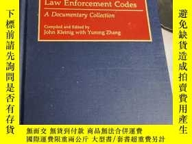 二手書博民逛書店professional罕見law enforcement codes a documentary collect