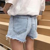 夏裝韓版復古高腰水洗不規則弧形毛邊淺色牛仔褲女寬鬆闊腿短褲潮 森活雜貨