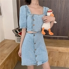 洋裝 露腰牛仔裙女夏季法式少女復古方領心機設計感小眾泡泡短袖連身裙