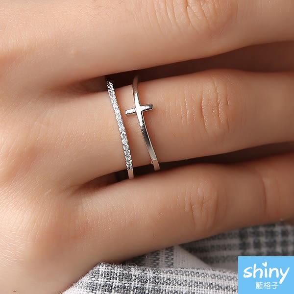 【39A90】shiny藍格子-獨特亮點.歐美十字架鍍金鑲嵌開口戒指