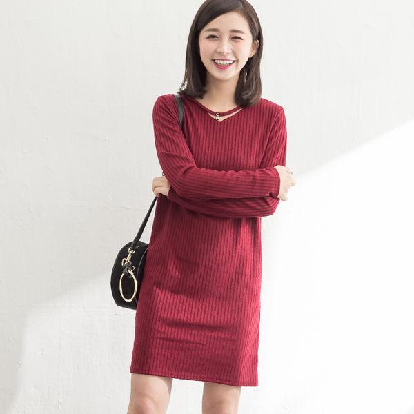 彈力細羅紋針織鏤空鑽釦長袖洋裝  (酒紅  墨綠  藏青)三色售 11652011