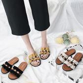 外穿拖鞋女 外穿涼拖鞋女2018夏季新款韓版百搭荷葉邊一字拖珍珠平底沙灘涼鞋 米蘭街頭