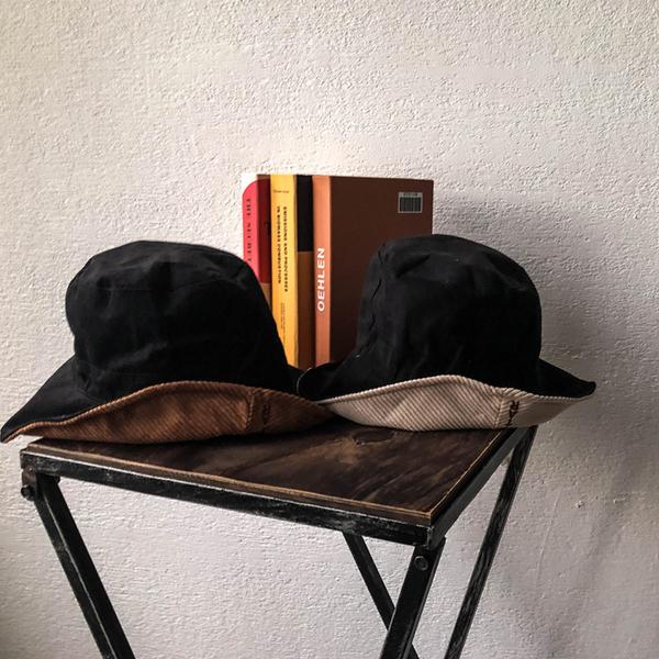 ★秋裝上市★MIUSTAR 英文刺繡燈心絨漁夫帽(共3色)【NG001872】預購