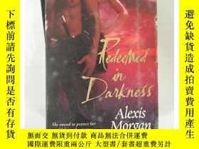 二手書博民逛書店罕見~ 外文書 Redeemed in Darkness (Paladins of DarknY205213