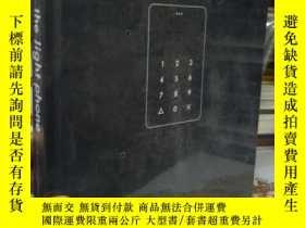 二手書博民逛書店the罕見light phoneY15389