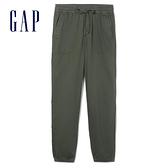 Gap女裝 簡約純色大口袋鬆緊休閒褲 417893-橄欖綠
