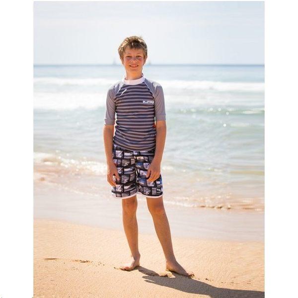 兒童泳衣 防曬短袖+海灘褲 套組★最新款條紋波浪系列★Xtra Life萊卡 澳洲鴨嘴獸(大男10-14歲)