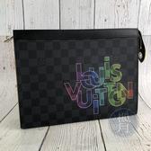 BRAND楓月 LOUIS VUITTON LV 路易威登 N60307 黑棋盤手拿包 手拿袋 彩虹印刷LOGO