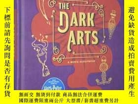 二手書博民逛書店英文原版罕見The Dark Arts Scrapbook 羅琳