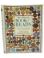 二手書博民逛書店《The Complete Book of Beads (The
