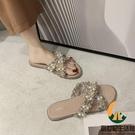 拖鞋女外穿時尚百搭平底懶人交叉珍珠小香風涼拖鞋軟底【創世紀生活館】