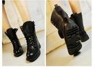 804+ 愛麗絲的最愛 好評再上市~ 個性&時尚綁帶軍靴 拳擊靴/機車靴 (現貨+預購)