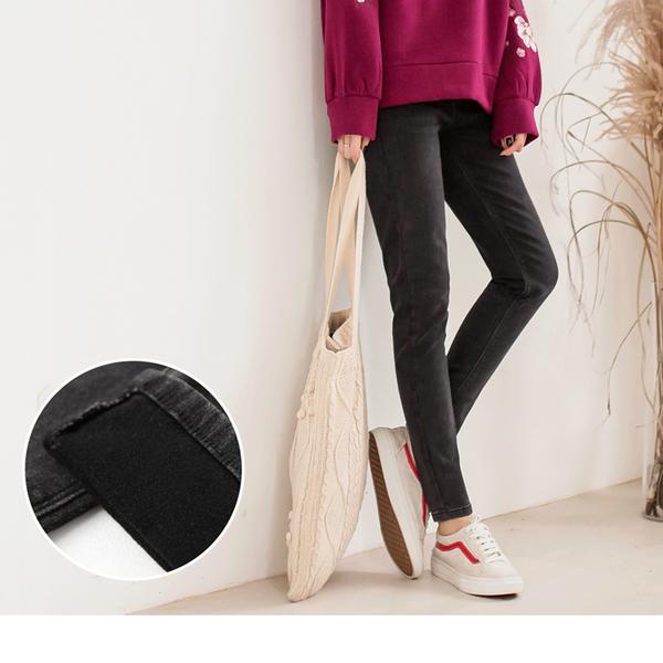 《BA4660》內刷毛水洗彈性黑色牛仔窄管褲 OrangeBear