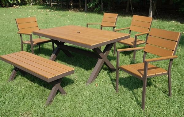 【南洋風休閒傢俱】戶外休閒桌椅系列-戶外塑木休閒餐桌椅組  餐桌椅 (PT-150B-T)