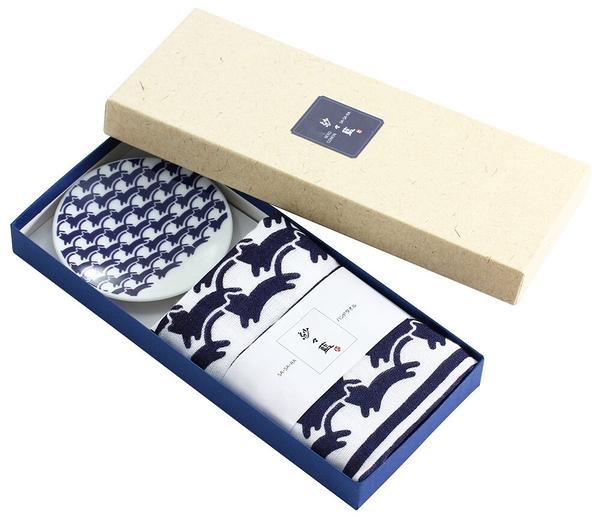 【日本製】貓小紋系列 和式贈答禮盒 小瓷盤 拭手巾二入組 貓咪海浪圖案 SD-7029 - 日本製