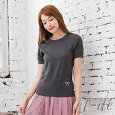 【ef-de】激安 珠飾蝴蝶結鏤空短袖縮口針織衫(灰/粉/藍)