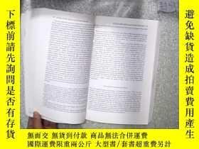 二手書博民逛書店WORLD罕見AT RISK 風險世界 (小16開)Y26111