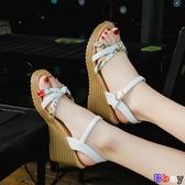 【貝貝】楔型涼鞋 一字扣 坡跟涼鞋 高跟鞋