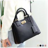 手提包-優雅珍珠插釦荔枝皮革側背包-共4色-A17172717-天藍小舖