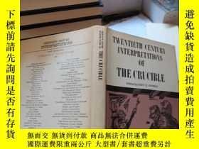 二手書博民逛書店TWENTIETH罕見CENTURY INTERPRETATIONS OF THE CRUCIBLEY1792