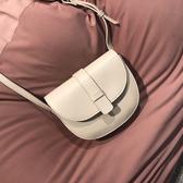 包包女2020新款潮時尚側背半圓復古馬鞍包百搭仙女包休閒斜背小包