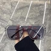 太陽眼鏡 超酷不規則方框一體大框太陽鏡蹦迪眼鏡素顏網紅街拍墨鏡女圓臉潮 優拓