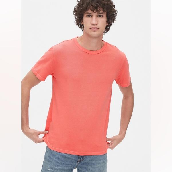 Gap男裝簡約風格舒適款短袖T恤573397-佛拉明哥粉紅