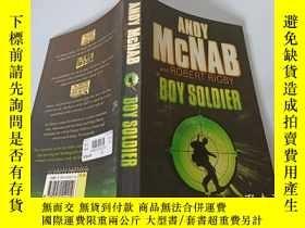 二手書博民逛書店Boy罕見Soldier:男戰士Y200392