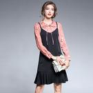 中大尺碼~甜美領口繫帶荷葉邊下擺長袖洋裝(L~5XL)