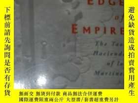 二手書博民逛書店On罕見The Edge of Empire:The Taos