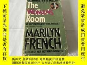 二手書博民逛書店MARILYN罕見FRENCH THE WOMENS ROOMY8204 MARILYN FRENCH TH