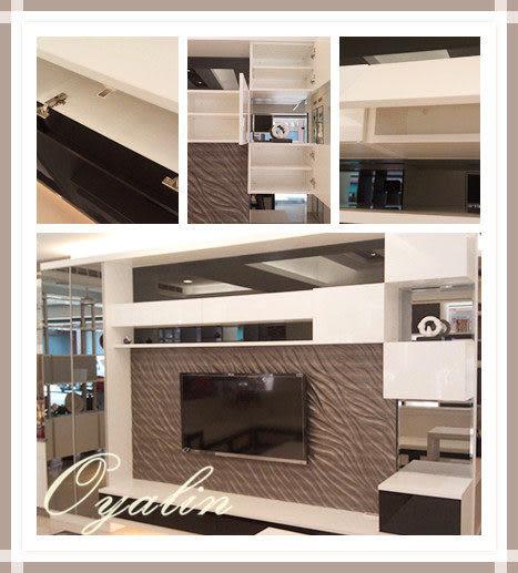 【歐雅系統家具】台中旗艦店店樣~黑玻搭配立體浮雕壁飾板+電視矮櫃
