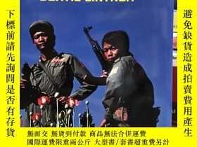 二手書博民逛書店Burma罕見in Revolt:Opium and Insurgency since 1948Y397021