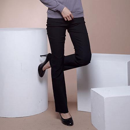 西裝褲--俐落版型銅釦反折口袋素面中腰小喇叭西裝長褲(S-5L)-P14眼圈熊中大尺碼★