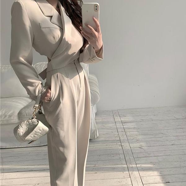 【Charm Beauty】套裝 休閑西裝 外套女 2021新款 春季設計感 小眾 短款韓版 炸街小西服 上衣潮