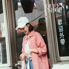 Queen Shop【01023734】紅白格紋配色寬版襯衫*現+預*