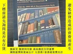 二手書博民逛書店Writing罕見the Research PaperY3256