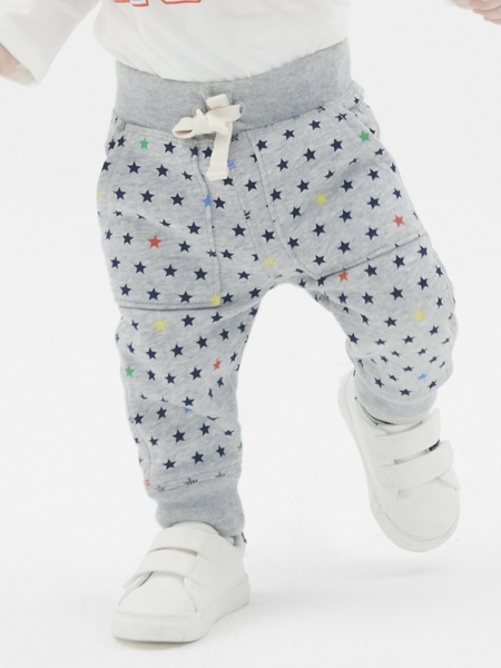 Gap 嬰兒男嬰 活力五角星印花鬆緊腰休閒褲 496729-淺麻灰