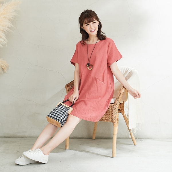 【慢。生活】設計口袋棉麻連身裙-F 15064 FREE粉紅