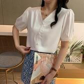 單件上衣~短袖襯衫~女夏短袖荷葉邊V領蕾絲上衣洋氣學院風白色襯衣MB125B日韓屋