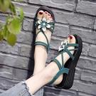 楔形涼鞋 涼鞋女士2021年夏季新款坡跟百搭仙女風旗袍高跟花朵平底鞋ins潮