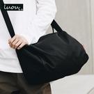 斜背包 側背包男運動健身包男士包包潮牌斜背包的休閒背包帆布包韓國時尚週