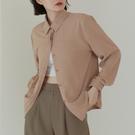Queen Shop【01024407】簡約暗門襟設計長袖襯衫 兩色售*現+預*