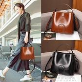 手提包 包包女2020最新版夏天新款潮流行百搭ins側背包時尚手提水桶女包【果果新品】