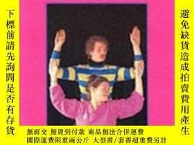 二手書博民逛書店No罕見Handicap To Dance: Creative Improvisation For People