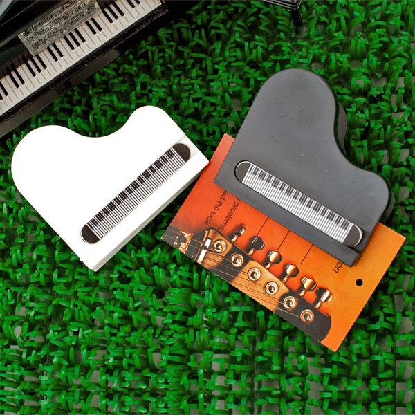 【小叮噹的店】台製 NC009 磁鐵鋼琴夾 三角鋼琴 夾子 譜夾 留言夾 音樂 招生 音樂教室 B20