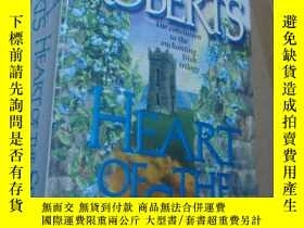 二手書博民逛書店HEART罕見OF THE SEAY21794 Nora Rob