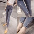 網紅牛仔褲女高腰夏裝2021年新款女韓版緊身破洞淺藍顯瘦小腳褲子 安妮塔