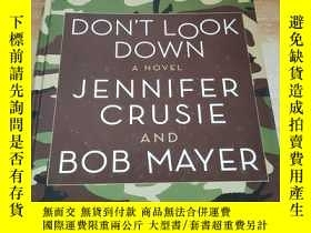 二手書博民逛書店JENNIFER罕見CRUSIE DON T LOOK DOWN