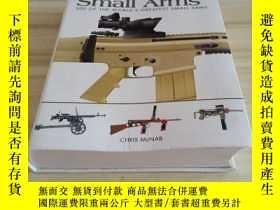 二手書博民逛書店Modern罕見Small Arms: 300 of the W